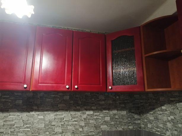 Очень срочно, кухня, верхние шкафы