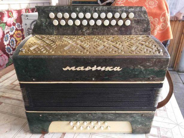 """Гармонь """"Марічка» (Маричка) для музыканта."""