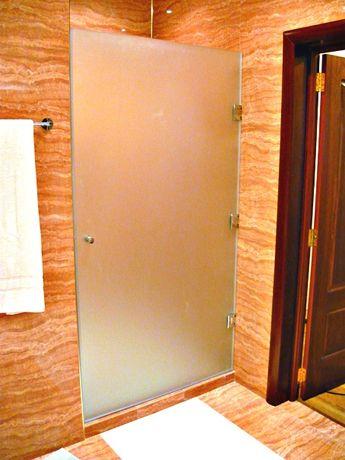 Стеклянные двери на заказ, душевые двери