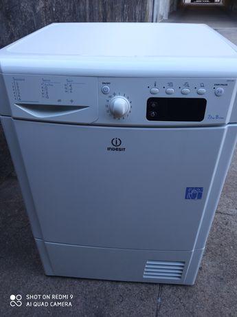 Máquina de secar roupa Indesit( condensação)