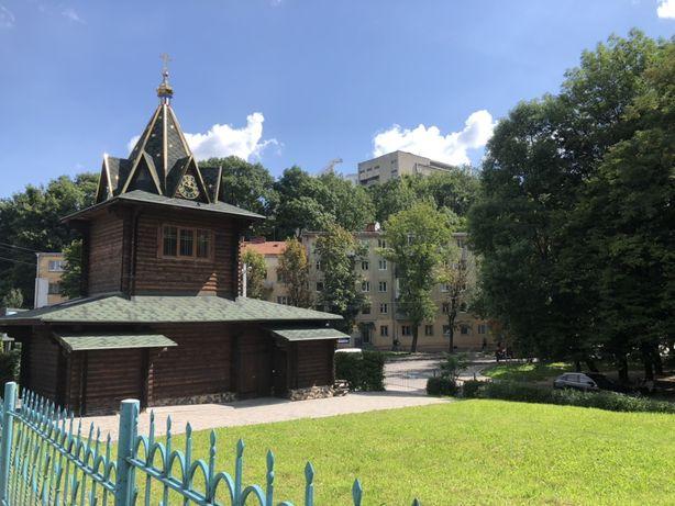 3-ох кімнатна квартира на вул. Сахарова, ближній центр