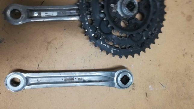 Mechanizm korbowy Alivio 3x7 Oś suportu, śruby