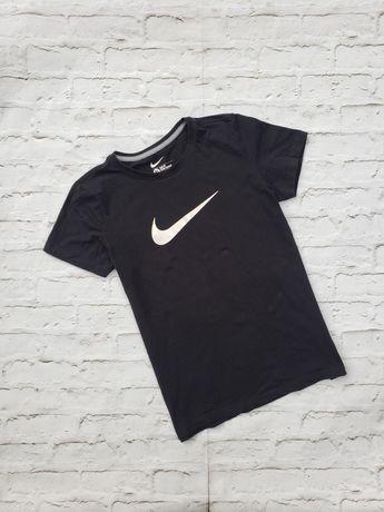 Футболка майка Nike Nsw tech Puma Adidas