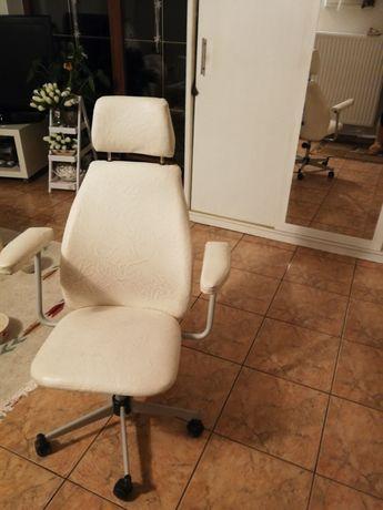 Krzesło biurkowe
