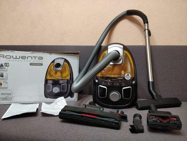 Пылесос/пилосос Rowenta RO539621 в отличном состоянии полный комплект