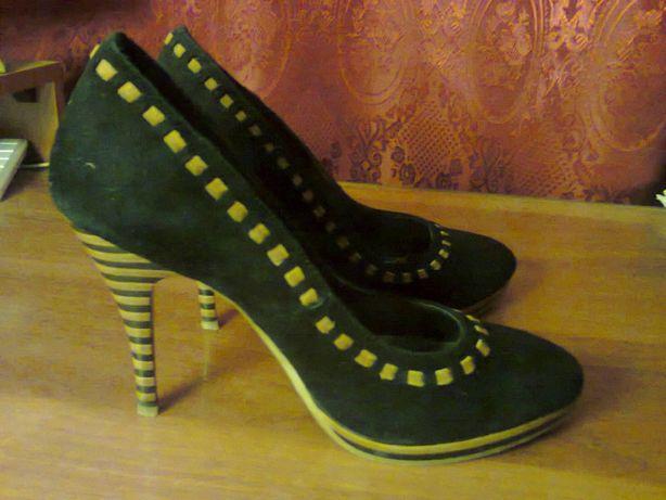 Продам туфли 38 размер, натуральная замша