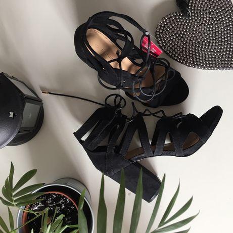 NOWE sandałki damskie sznurowane CCC rozmiar 37