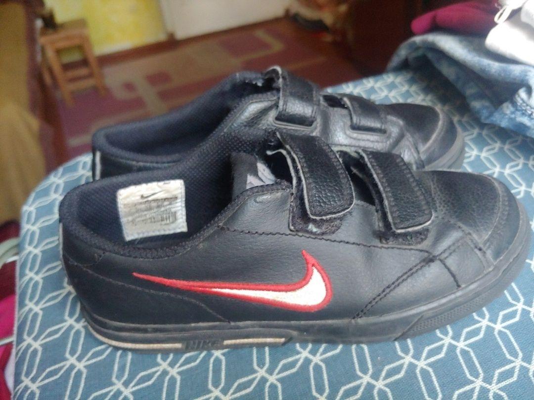 Спортивные туфли, кроссовки