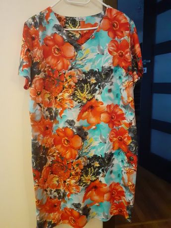 kolorowa sukienka w kwiatki xxxl