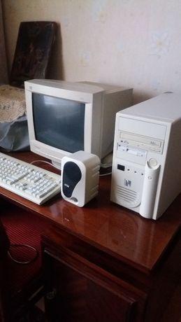Продам компьютер с принтером.