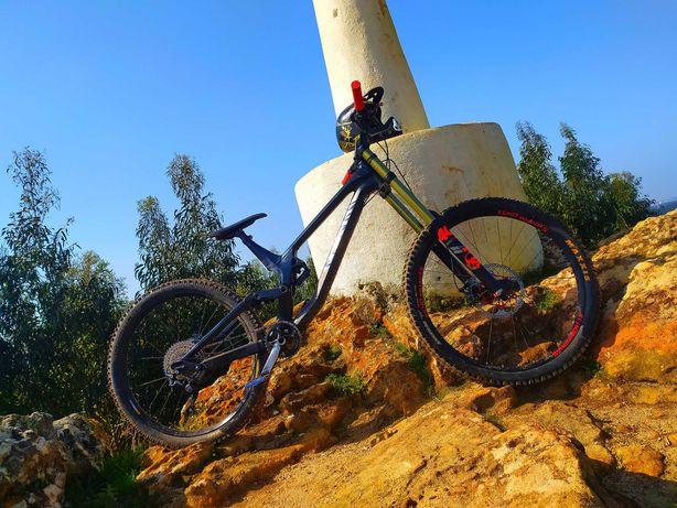Downhill canyon sender 2018 XL