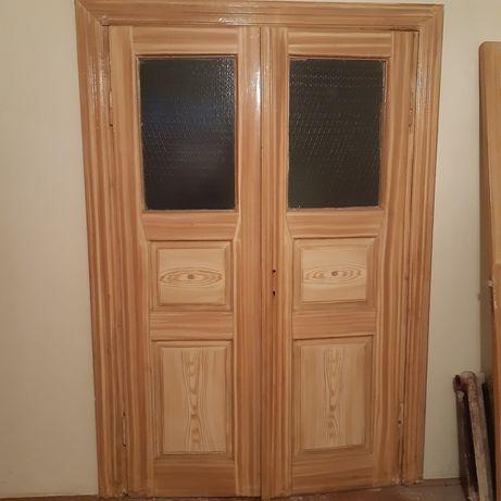 Двері подвійні,дерев'яні