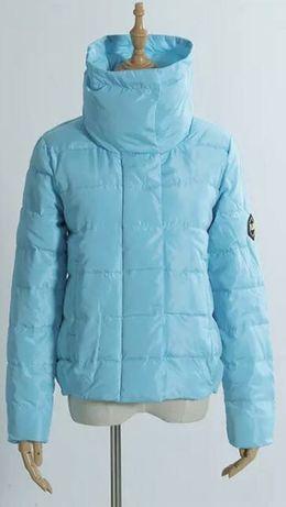 Куртка женская с высоким воротником голубая