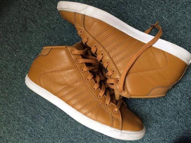Oryginalne brązowe musztardowe buty Adidas Court Star Slim Mid W
