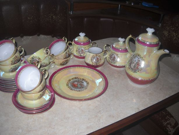 Продам чайный сервиз МАДОННА ГДР