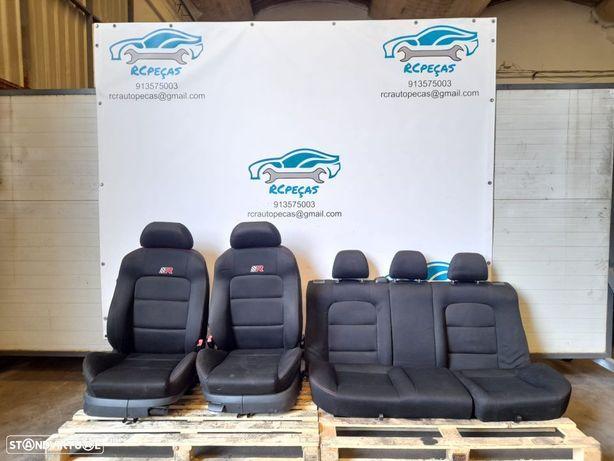 SEAT LEON CUPRA R 1M / VW GOLF 4   CONJUNTO DE BANCOS FRONTAIS E TRASEIROS COM AIRBAG;
