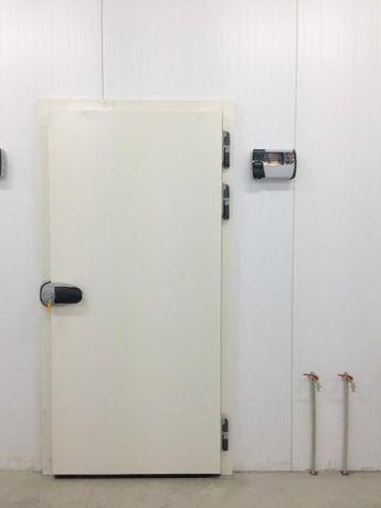 Drzwi do chłodni, mroźni. Drzwi chłodnicze, mroźnicze.