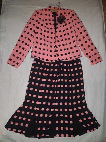 Нарядный женский костюм тройка 48-50 р