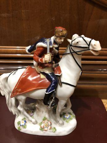 Гусар на лошади. Meissen. Мейсон . 1762г. Кендлер