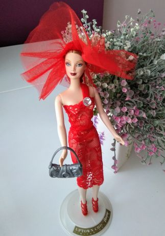 Коллекционное Барби Lady in red страны мира в туалете ручной работы
