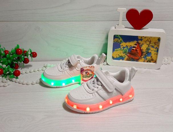 Кроссовки со светящей LED подошвой с USB кабелем р.26,28,,