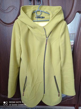 Пальто, куртка демисезонне