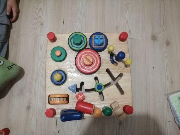 Деревянный столик (набор инструментов) фирмы Haba (Хаба)
