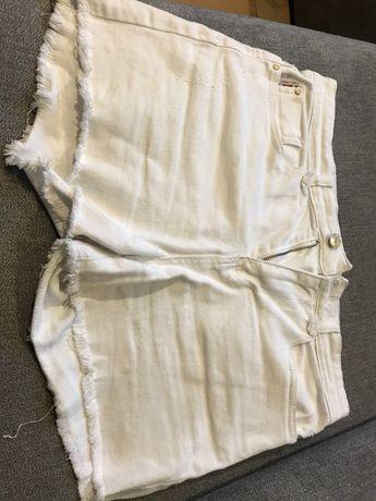 Krótkie spodenki jeans  Diverse r. M białe