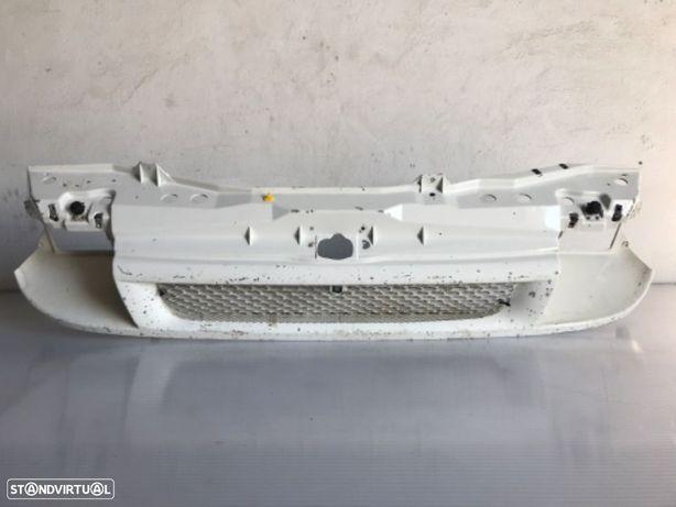 Mascara / Frente Em Chapa Ford Transit V184 de 00 a 06 - Ref. YC15-8242