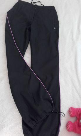spodnie dresowe S nowe