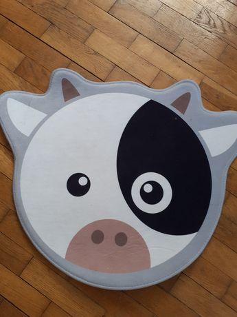 Mały dywanik krówka