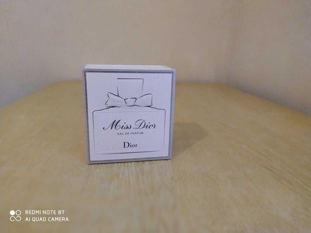 Парфюмерия Dior Miss Dior