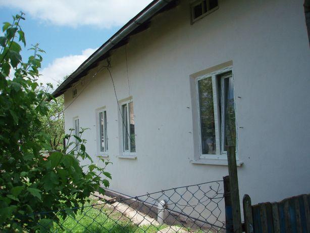 Будинок в с.Грушів з великою ділянкою
