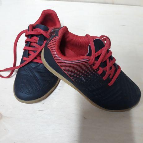 Halówki , buty sportowe na halę, salę dla dzieci rozmiar. 27 Kipsta