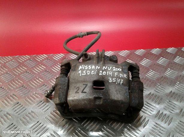 Bombito Frente Direito Nissan Nv200 / Evalia Autocarro