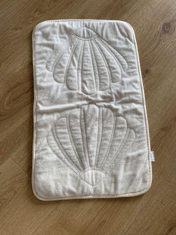 Dwustronny dywanik lazienkowy bezowy