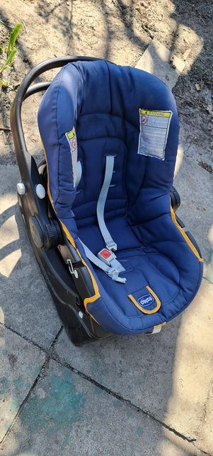 Детское автокресло chicco с базой (авто кресло переноска)