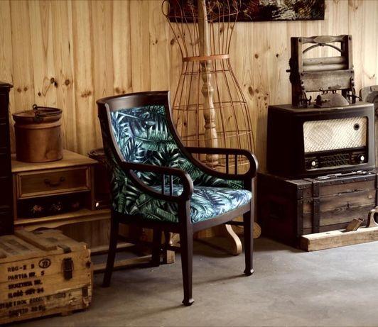 Krzesło- fotel po renowacji