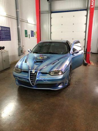 СРОЧНО! Продам Alfa Romeo 156 1998 года 2,5 бензин