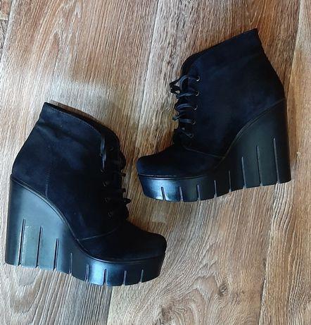 Женские ботинки ботильоны деми