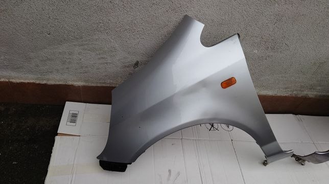 Honda Jazz Blotnik Lewy Przod Przedni