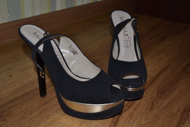 Продам жіночі стріпи BLOSSEM на каблуку