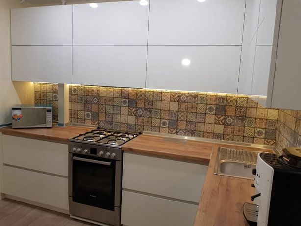 Мебель на заказ кухни шкафы-купе торговое оборудование