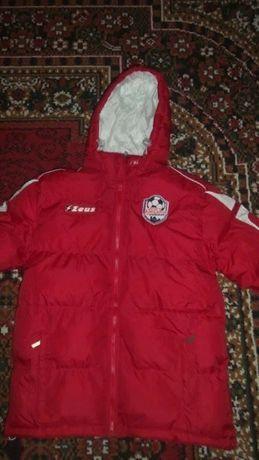 Спортивная Зимняя куртка.