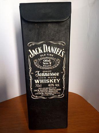 Lata Jack Daniels antiga em couro