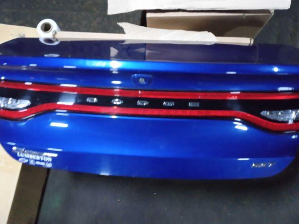 Крышка багажника на Додж Дарт - Dodge Dart 68081664АС