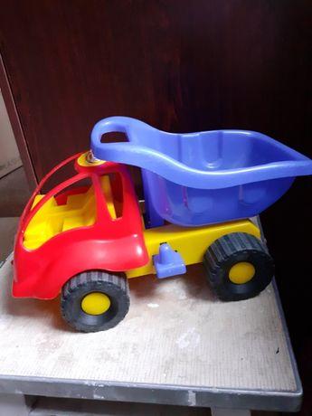 Детская машинка,состояние новой.Цена 150 рублей