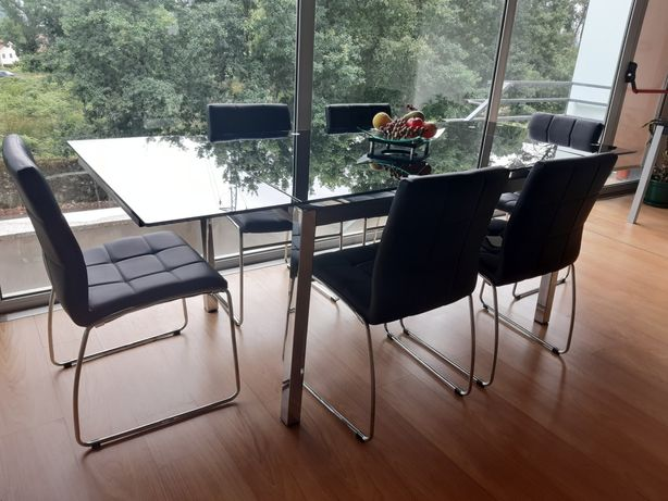 Mesa extensível em vidro