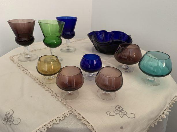 Conjunto copos e taça vintage.