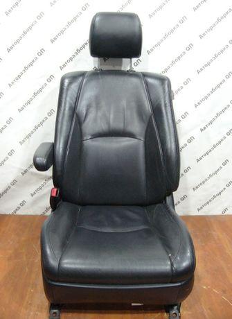 Салон (сиденья) Lexus RX II кожа черная. Разборка Lexus RX 2003-2009